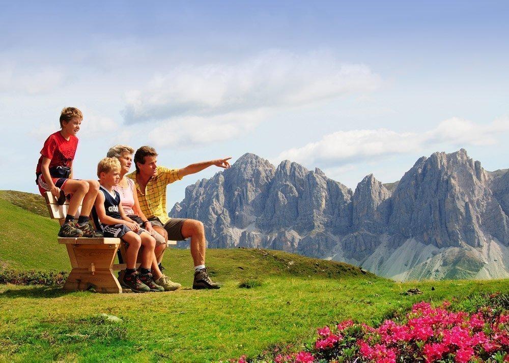 Scoprire la natura nel paesaggio alpino durante una vacanza in famiglia a Bressanone/Alto Adige