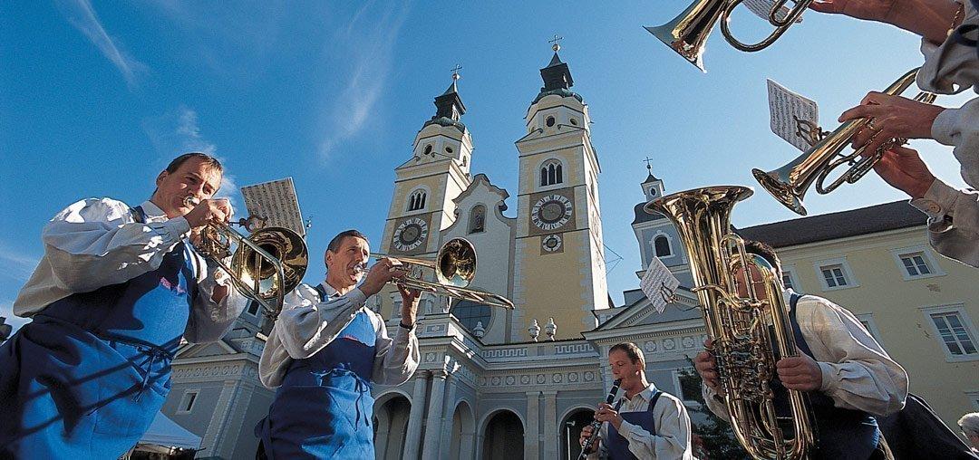 Una vacanza a bressanone la citt vescovile in val d for Mezza pensione bressanone